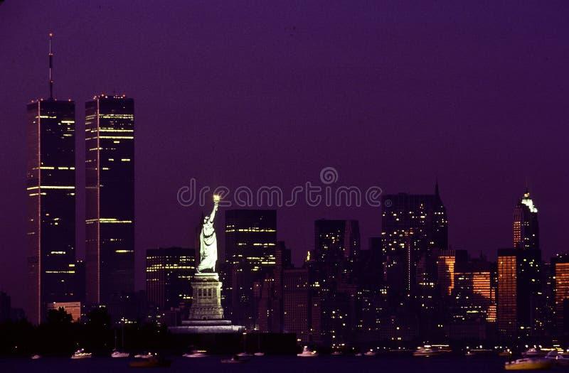 自由女神像和WTC 图库摄影