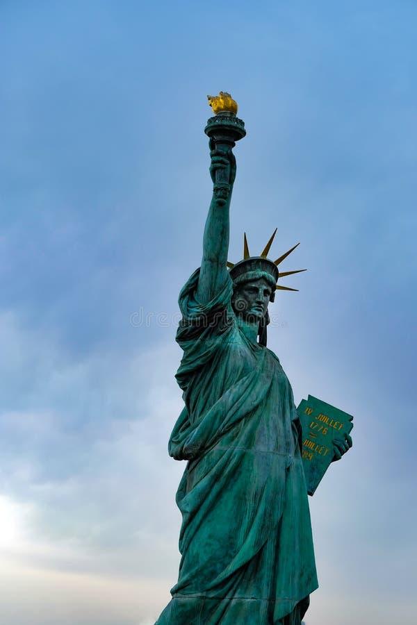 自由女神像在Odaiba地区,东京,日本 库存图片