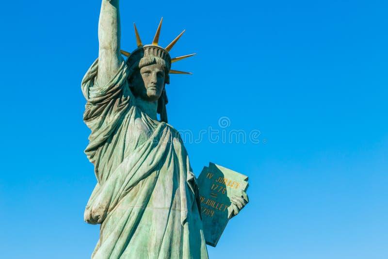 自由女神像在Odaiba地区,东京 免版税库存照片