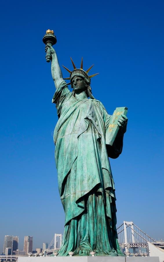 自由女神像复制品在东京,日本 库存照片