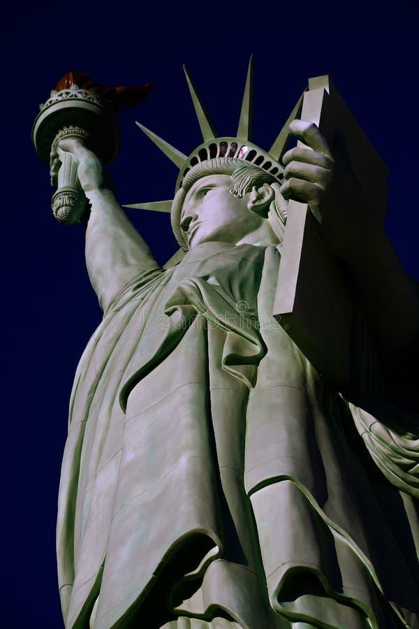 自由女神像是奥古斯特设计的一个巨大铜雕象Bartholdi 免版税图库摄影