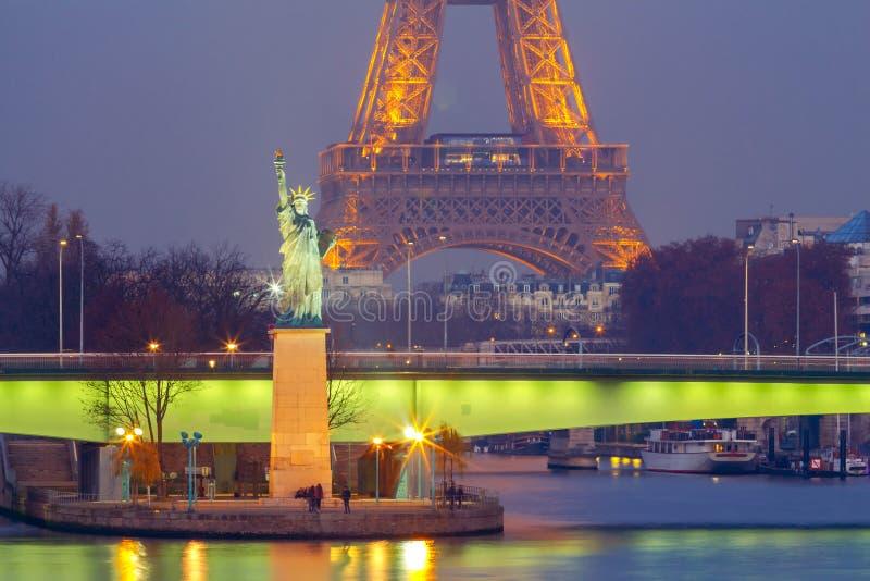 巴黎 自由女神象 免版税库存图片