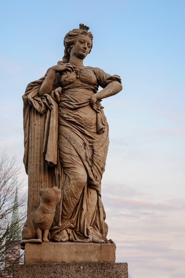 自由形象,从砂岩的雕塑从18世纪o 免版税库存图片