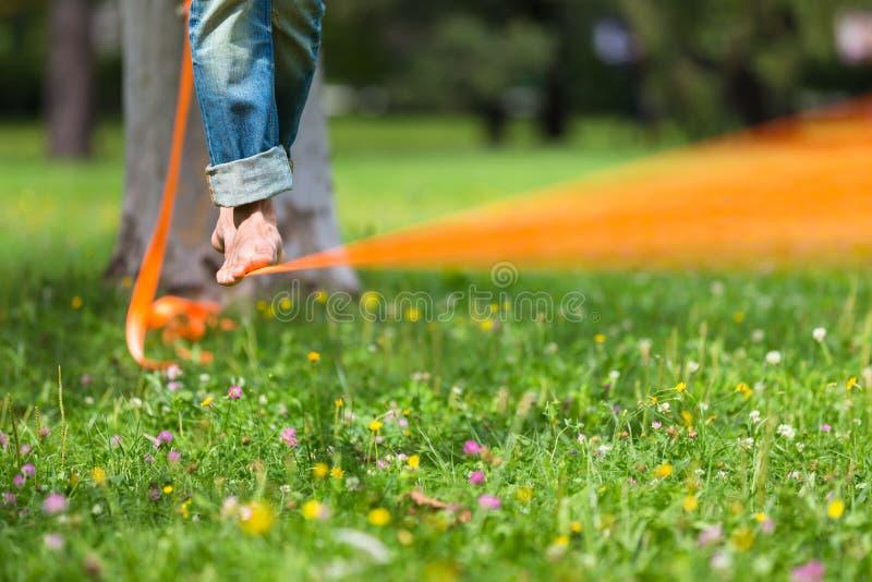 自由散漫的线在城市公园 免版税库存图片