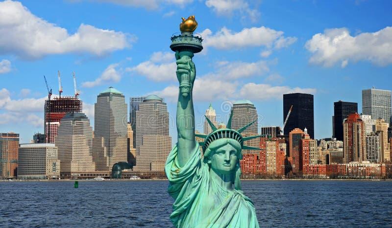 自由曼哈顿地平线雕象 库存图片