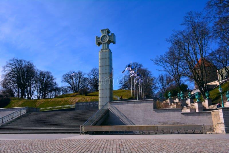 自由正方形和独立战争胜利专栏纪念品,塔林,爱沙尼亚 库存图片