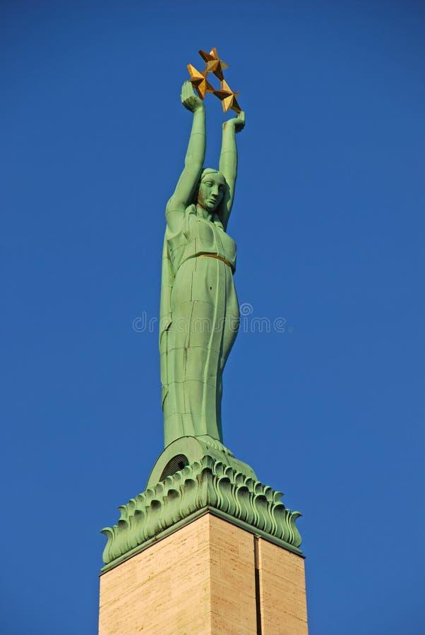 自由纪念碑在里加拉脱维亚 免版税图库摄影