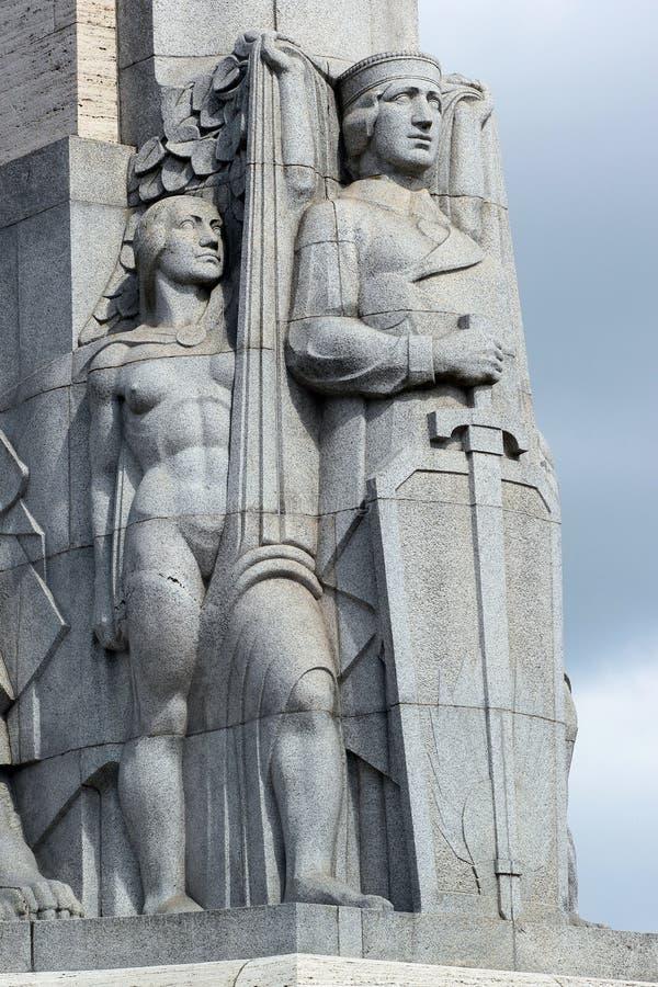 自由纪念碑的片段在里加,拉脱维亚 库存照片