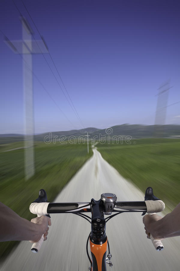 自行车乡下路 免版税库存照片