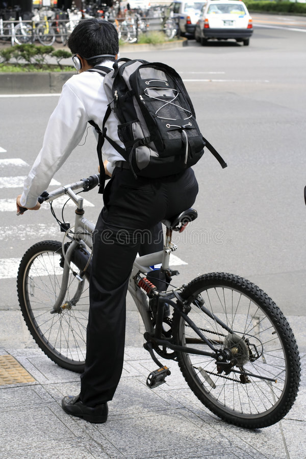 自行车人年轻人 库存图片
