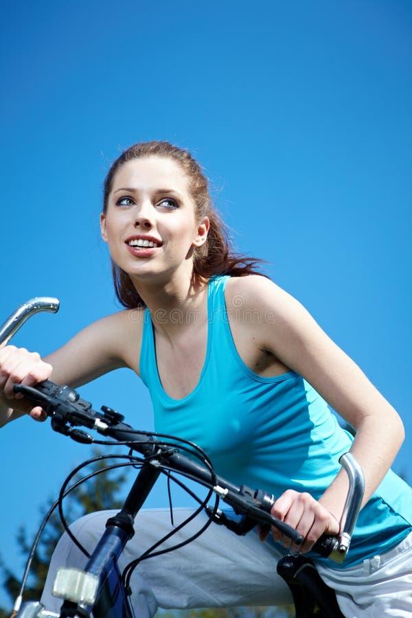 自行车妇女 库存图片