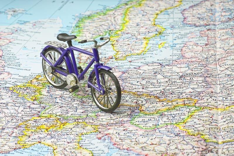 自行车欧洲映射 图库摄影