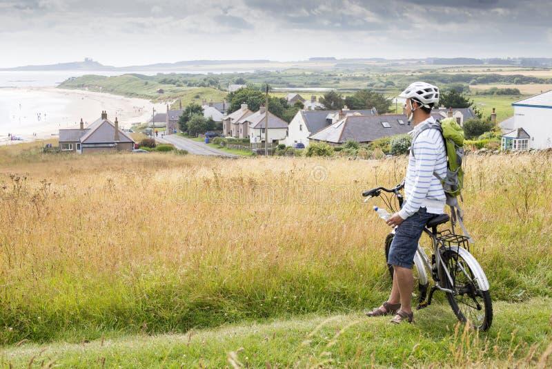 自行车的人,享受看法 图库摄影