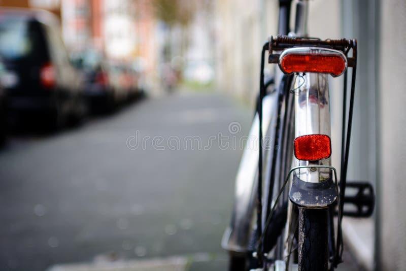 自行车的光和反射器 库存图片