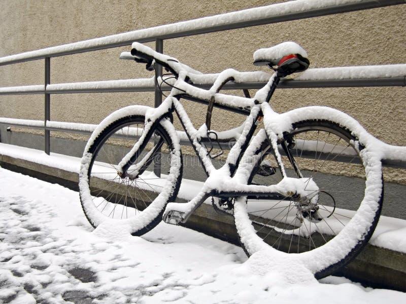 自行车结尾季节 免版税图库摄影