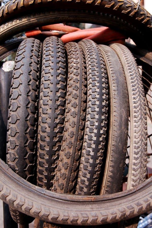 自行车老轮胎 图库摄影