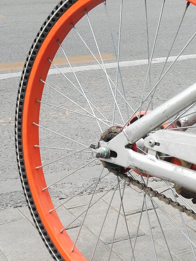 自行车车轮的特写镜头 库存照片