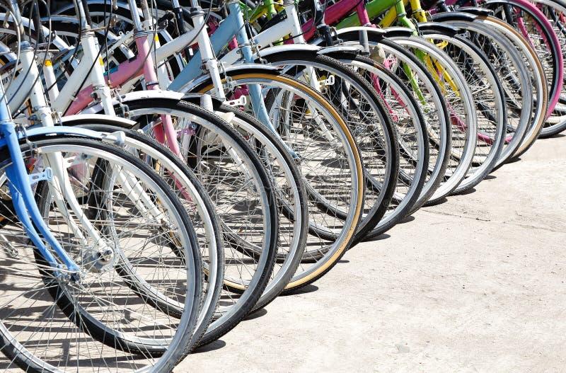 Download 自行车销售 库存图片. 图片 包括有 旅行, 租务, 日本, 骑自行车的人, 许多, 背包, 商业, 服务 - 62526609