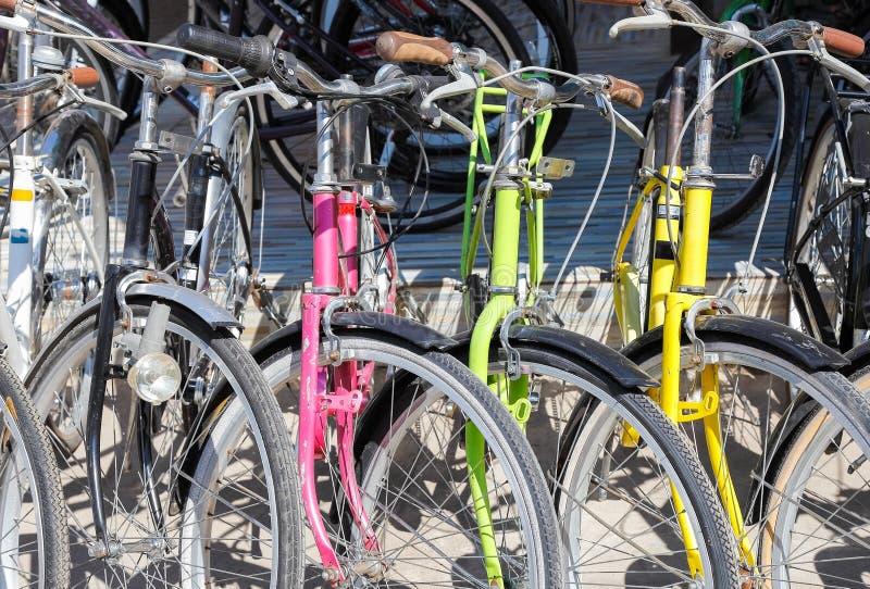 Download 自行车销售 库存照片. 图片 包括有 销售额, 骑自行车的人, 存储, 轮子, 乘驾, 体育运动, 商业 - 62526718