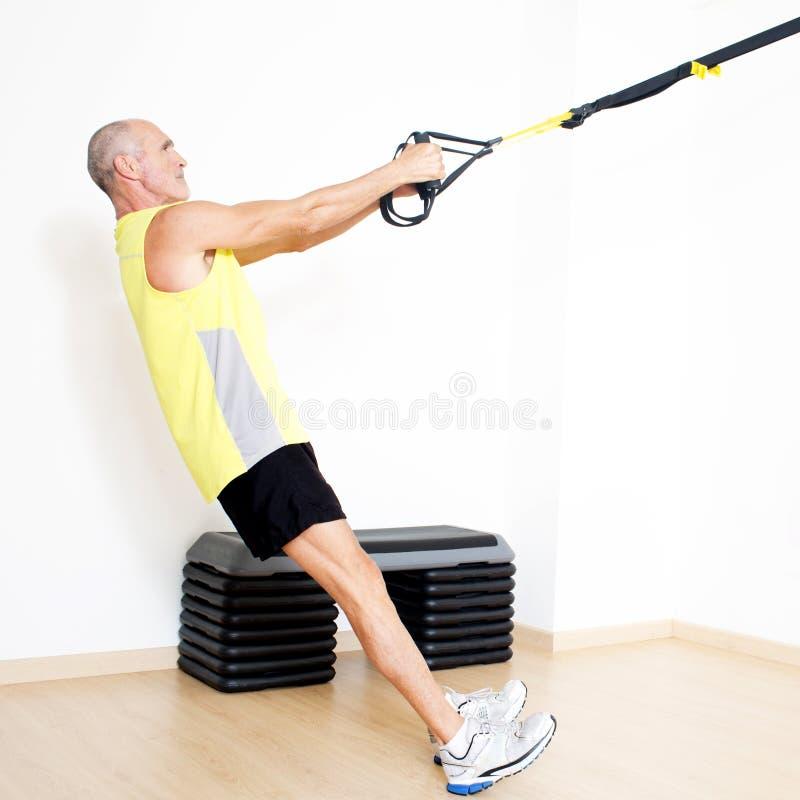 舒展锻炼的吊索停止 免版税库存图片