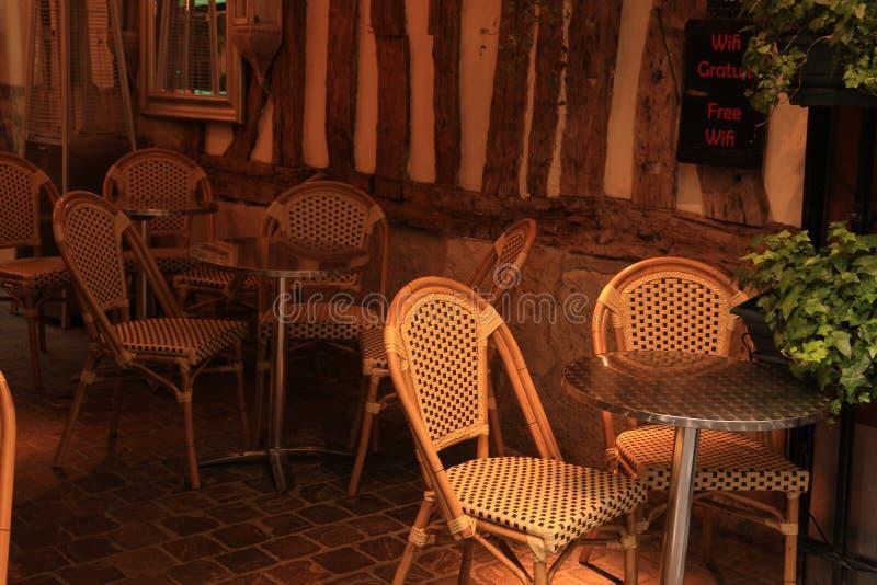 舒适减速火箭的餐馆 库存图片