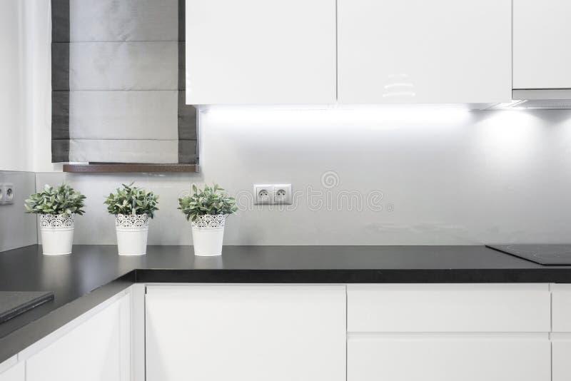 舒适厨房内部 免版税库存图片