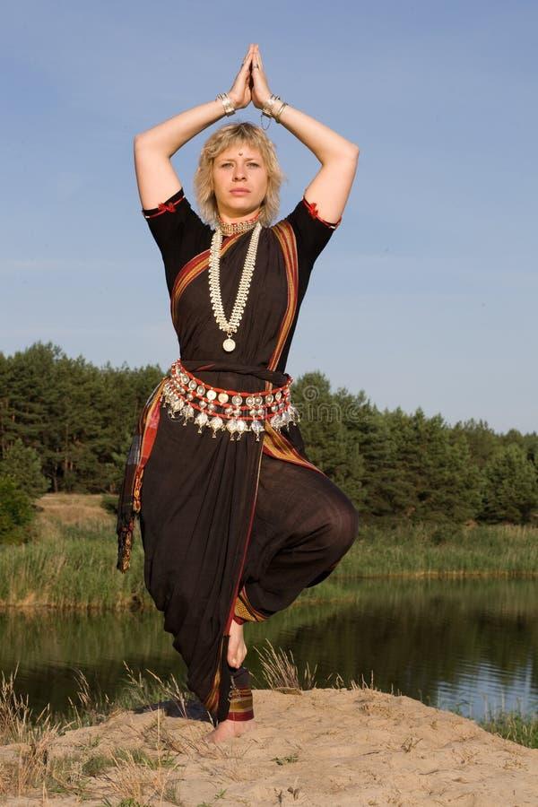 舞蹈印地安人 免版税库存照片