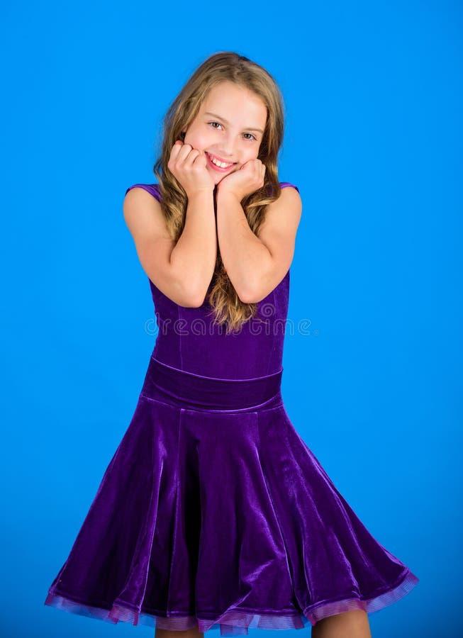 舞蹈家的发型 如何做孩子的整洁的发型 您需要的事知道关于舞厅舞发型 的气球驾驶者 图库摄影