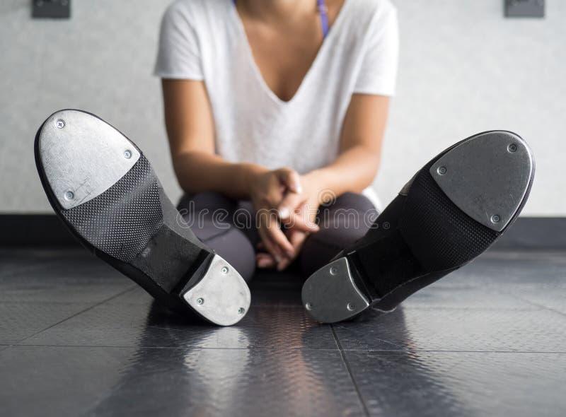 舞蹈家的轻拍鞋子底部  免版税库存图片