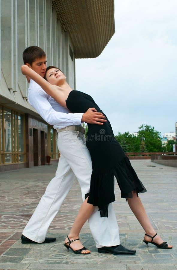 舞蹈拉丁美洲人 免版税库存图片