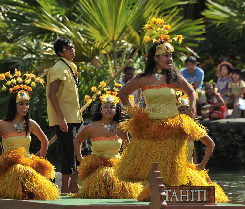 舞蹈演员塔希提岛 免版税图库摄影