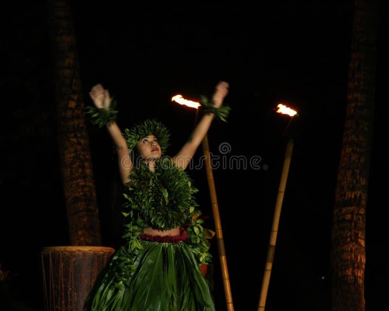 舞蹈演员夏威夷老lahaina luau 库存图片