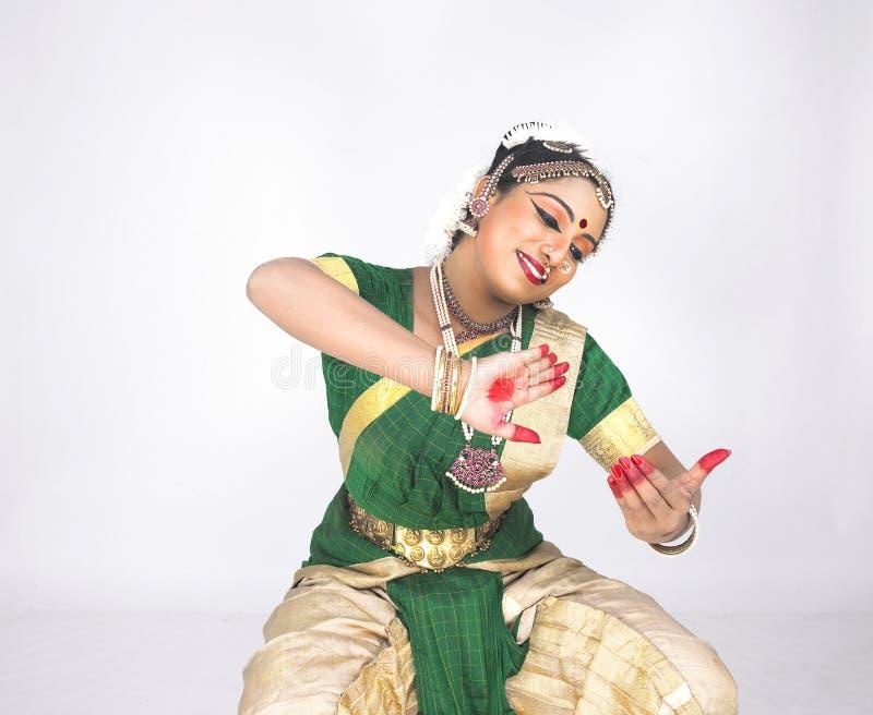 舞蹈演员女性印第安传统 免版税库存图片