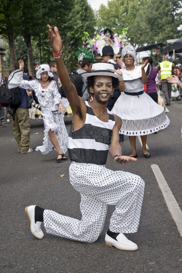 舞蹈演员浮动伦敦桑巴学校 库存图片
