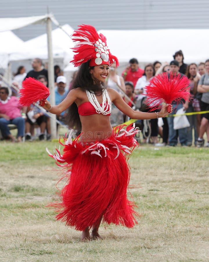 舞蹈演员节日夏威夷印第安当地人 免版税图库摄影