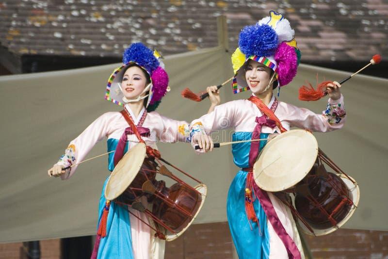 舞蹈种族韩文性能 库存图片
