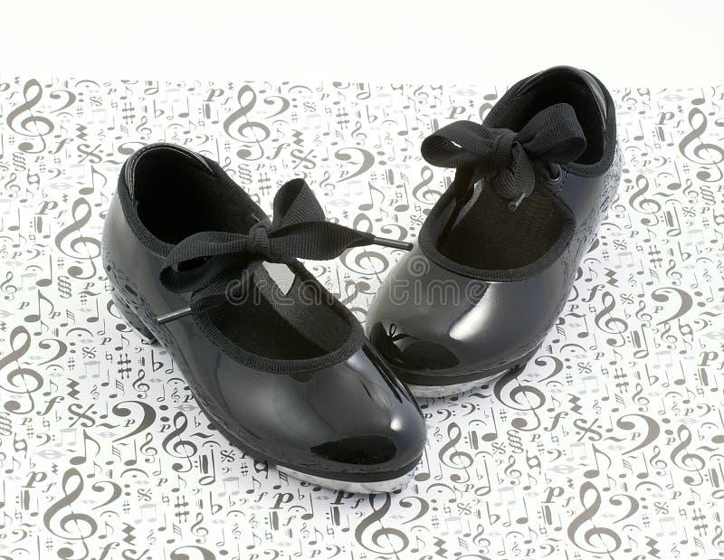 舞蹈音乐鞋子轻拍 免版税图库摄影