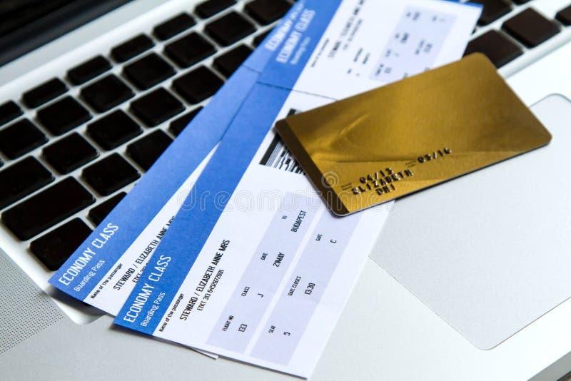 航空公司采购的票 免版税库存照片