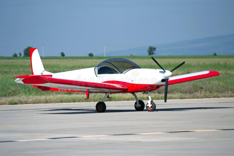 航空器光被绘的专用红色白色 免版税图库摄影