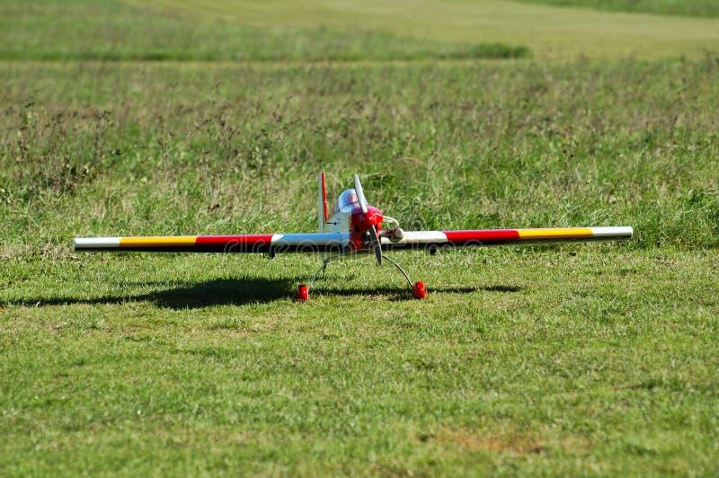 Download 航空器模型收音机 库存图片. 图片 包括有 首字母缩略词, 宣扬, 滑稽, 飞行, 机场, 快速, 自由, 飞行员 - 62537