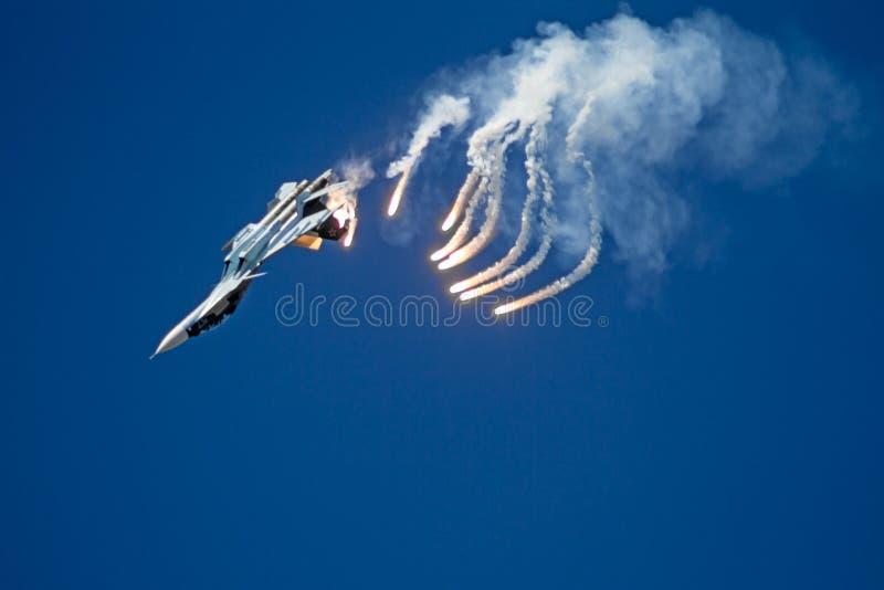 航空器Su27和红外对抗 库存照片