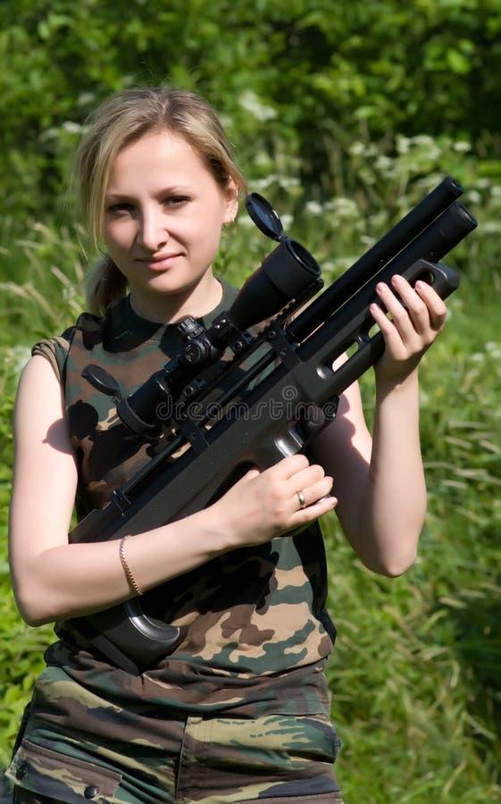 航空女孩步枪 免版税库存照片