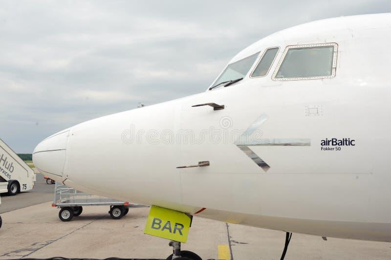 航空波儿地克的推进器飞机在里加机场 库存图片