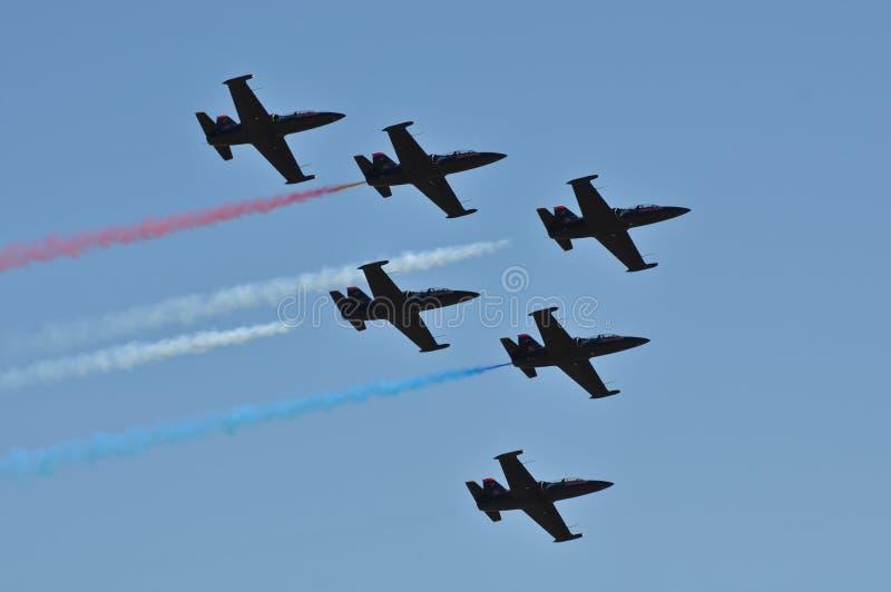航空蓝色红色显示状态团结了白色 免版税库存图片