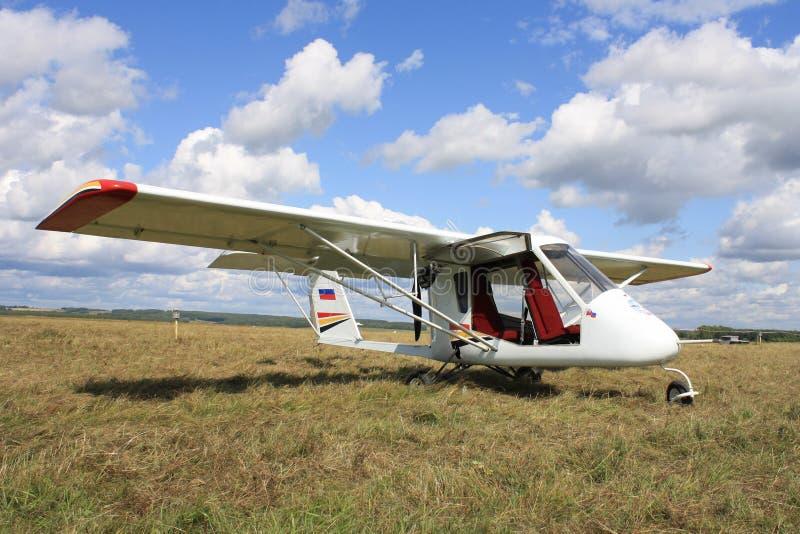 航空dvuhmestnyy轻的飞机 库存图片