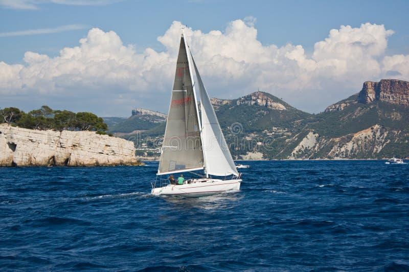 航行在马赛附近 免版税库存图片