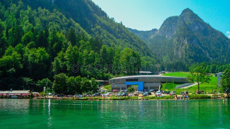 Download 航行在Koenigsee 10 库存照片. 图片 包括有 反映, 绿色, 公园, 组塑, beautifuler - 62532812