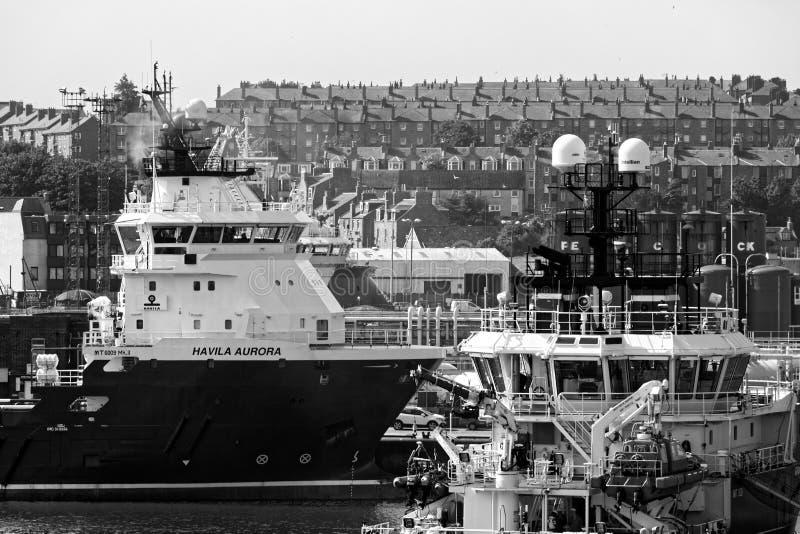 船和大阳台,阿伯丁港口 免版税库存图片