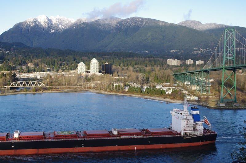 货船在温哥华 免版税库存照片