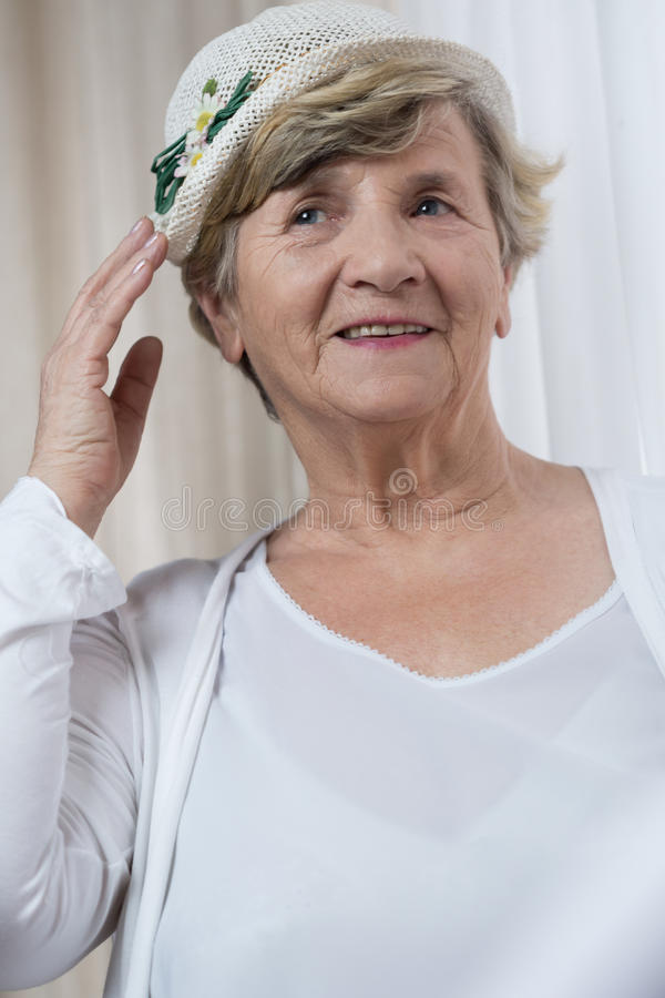 船民的愉快的退休的妇女 免版税库存照片